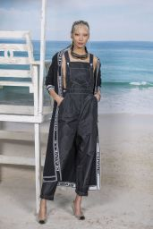 Soo Joo Park – Chanel Collection Show at Paris Fashion Week 10/02/2018