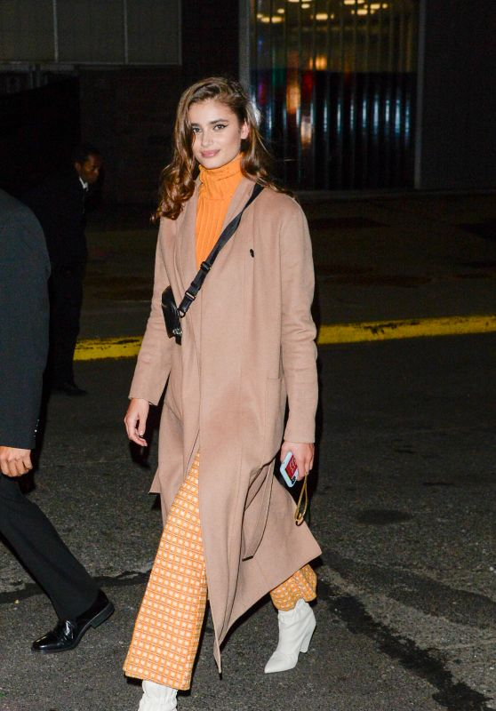 Taylor Hill - Arrives at a Fashion Show in NYC 10/25/2018