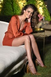 Taylor Hill – Daniel Wellington Celebrates the Opening of its Rockefeller Center Store in NYC 10/17/2018
