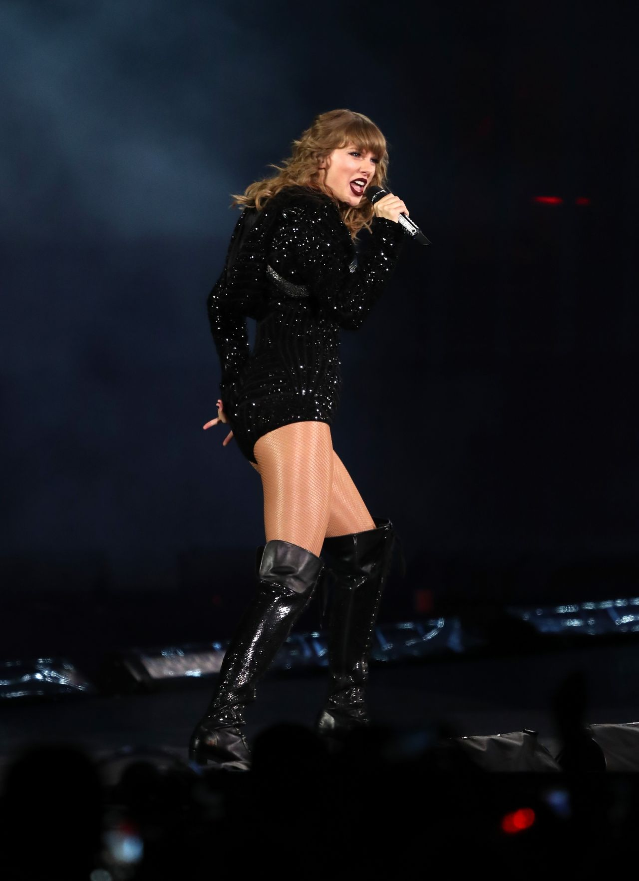Taylor swift concert dates in Perth