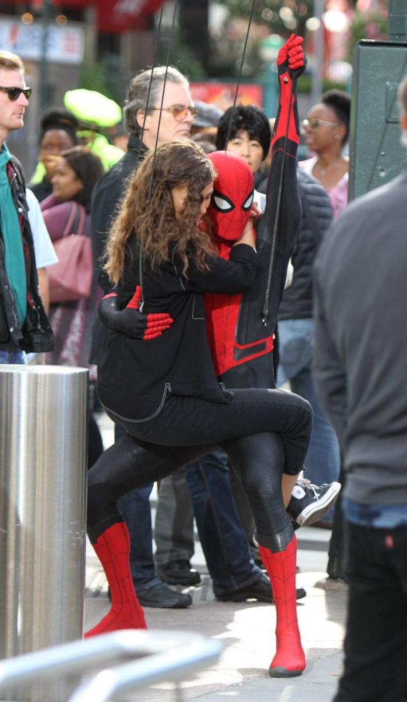 Zendaya Coleman Spider Man Far From Home Set In New