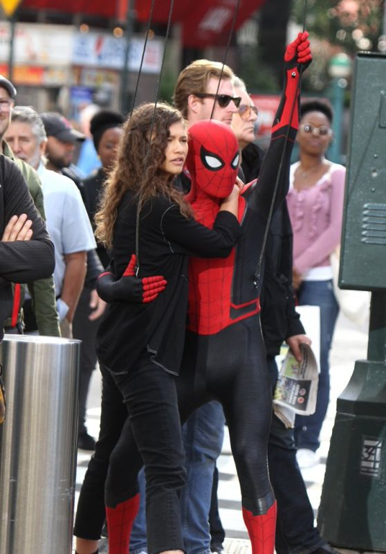 "Zendaya Coleman - ""Spider-Man: Far from Home"" Set in New York 10/12/2018"