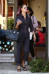 Alessandra Ambrosio and Her Mother Lucilda Ambrosio - Shopping in Brentwood 11/05/2018