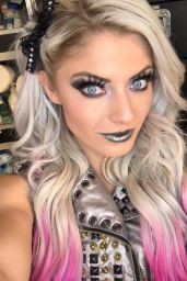 Alexa Bliss - Personal Pics 11/02/2018