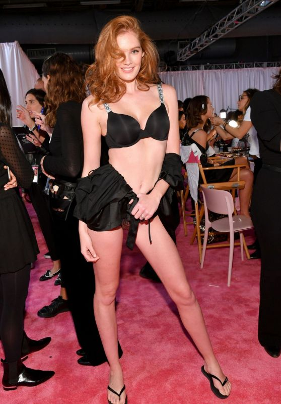 Alexina Graham – 2018 VS Fashion Show