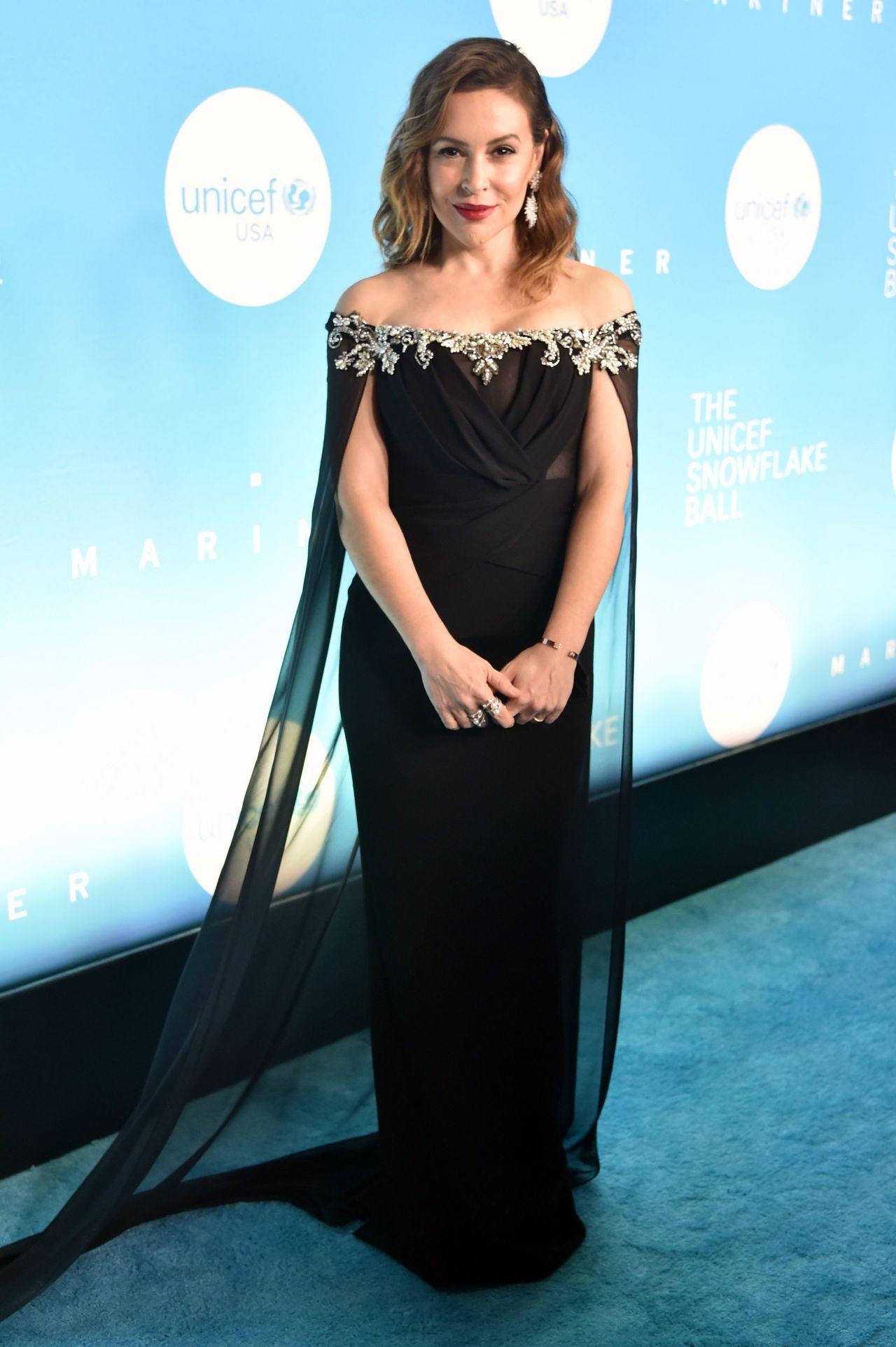 Alyssa Milano - 2018 UNICEF Snowflake Ball in New York
