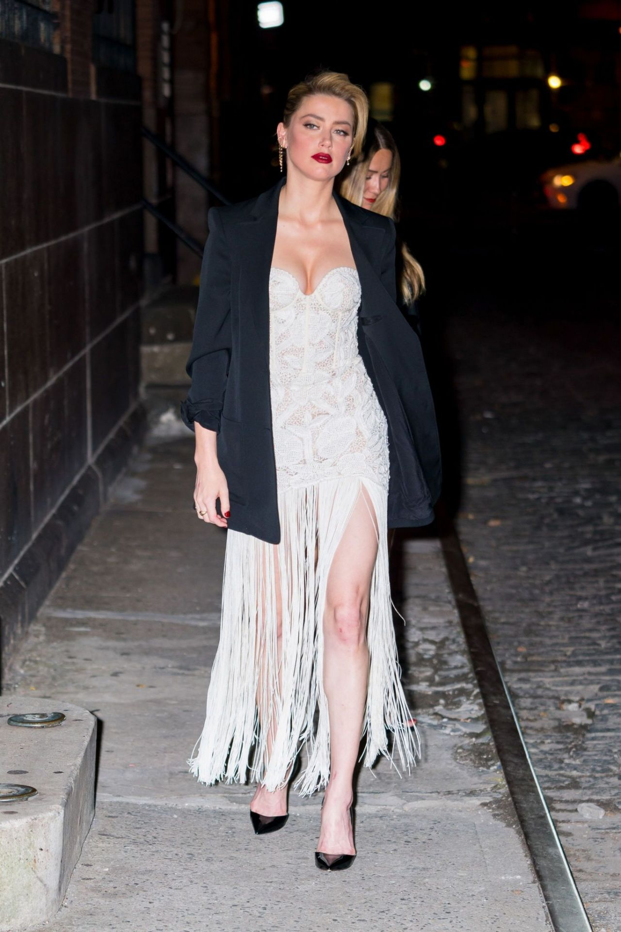 Amber Heard - Out in N...
