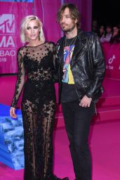 Ana Fernández García – MTV EMA's 2018 in Bilbao