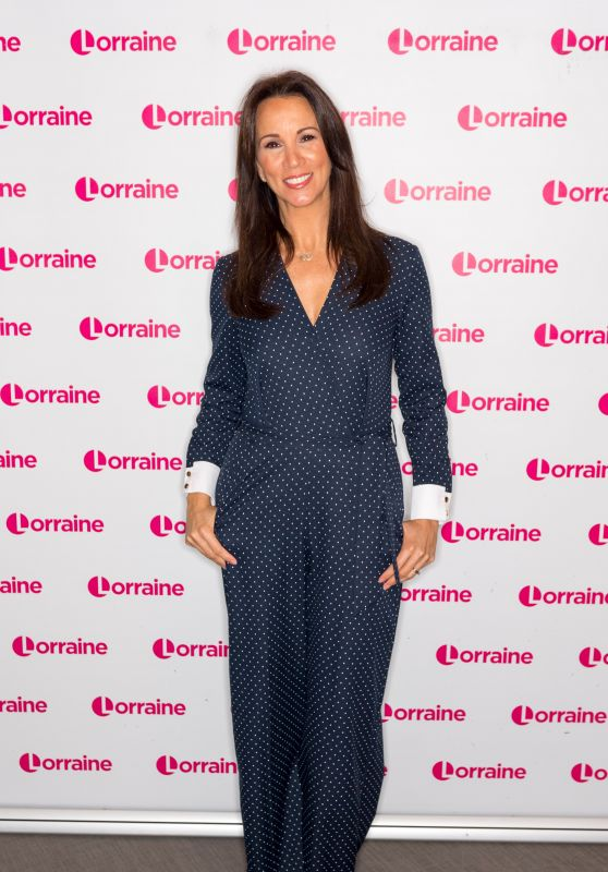 Andrea McLean - Lorraine TV Show in London 11/12/2018