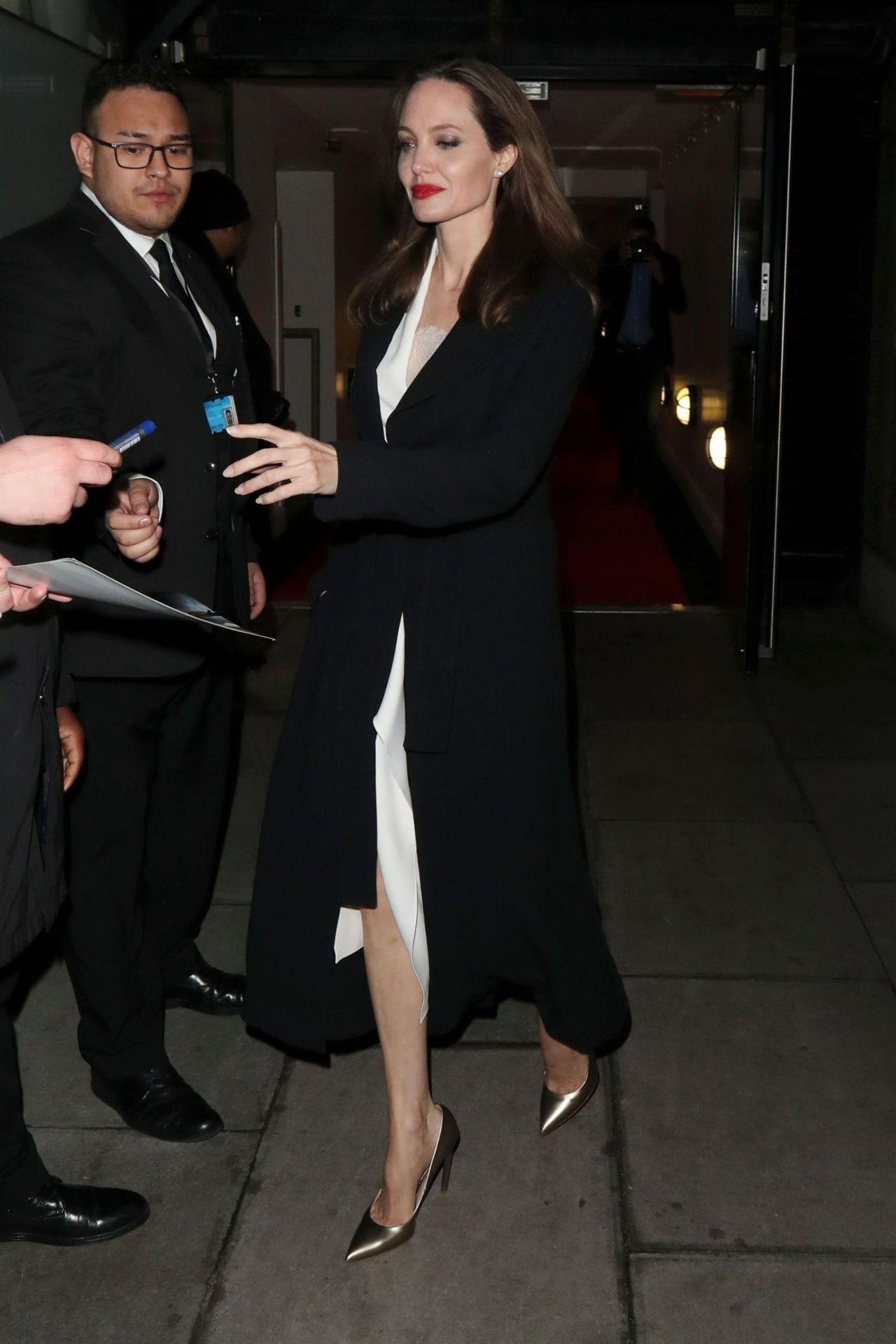 https://celebmafia.com/wp-content/uploads/2018/11/angelina-jolie-leaving-the-british-film-institut-in-london-11-23-2018-1.jpg