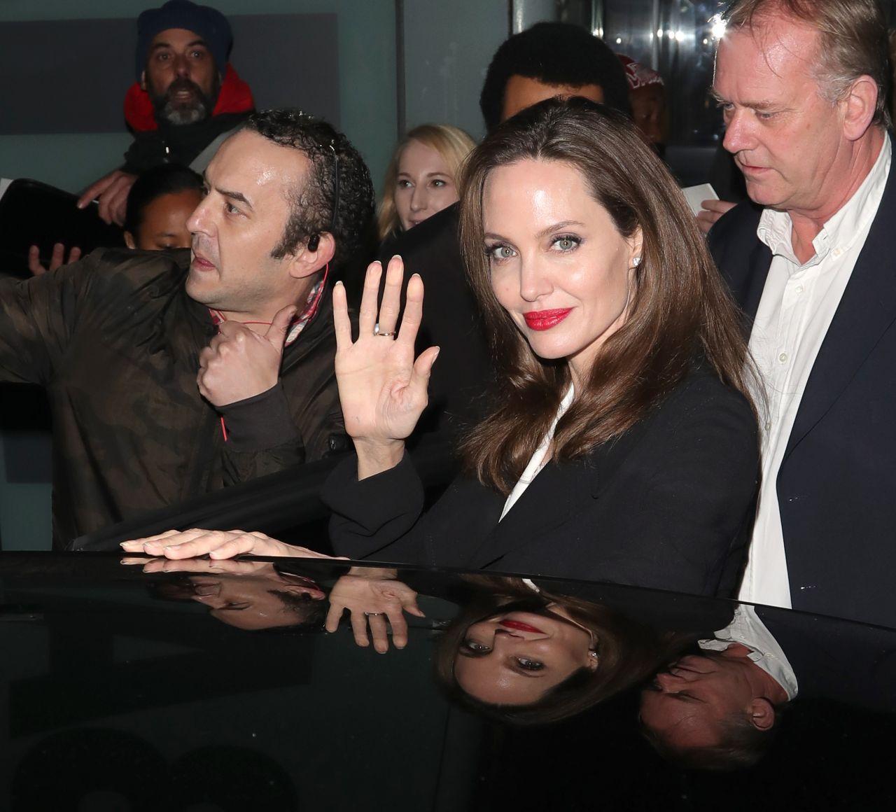 https://celebmafia.com/wp-content/uploads/2018/11/angelina-jolie-leaving-the-british-film-institut-in-london-11-23-2018-11.jpg