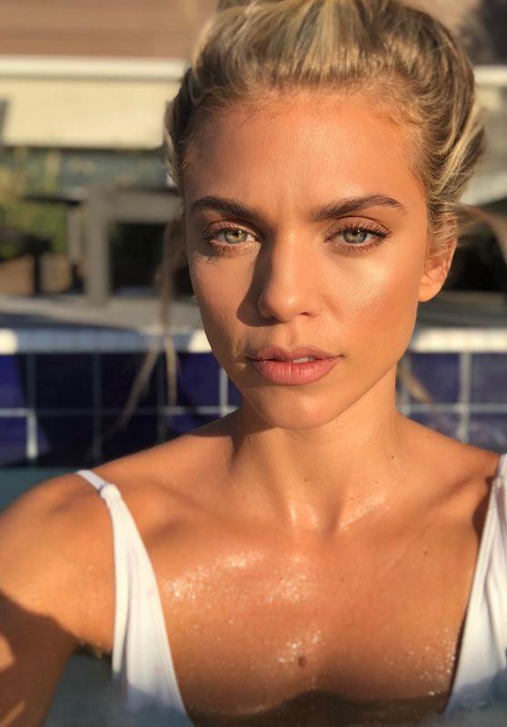 AnnaLynne McCord - Personal Pics 11/19/2018