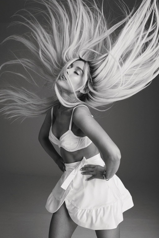 Photoshoot For Vogue Magazine November 2015: Photoshoot For Elle Magazine Cover August 2018