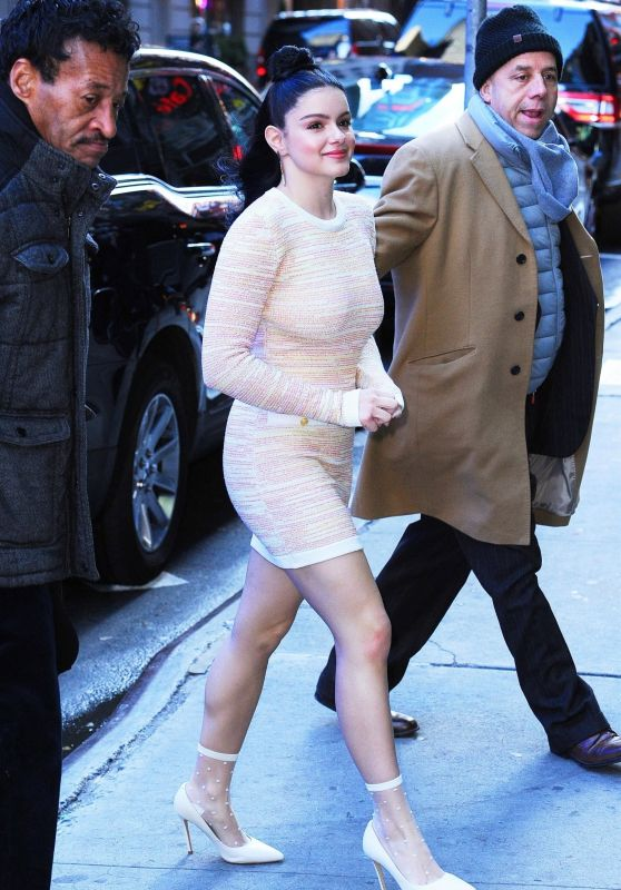 Ariel Winter Arriving at the GMA in NY 11/29/2018
