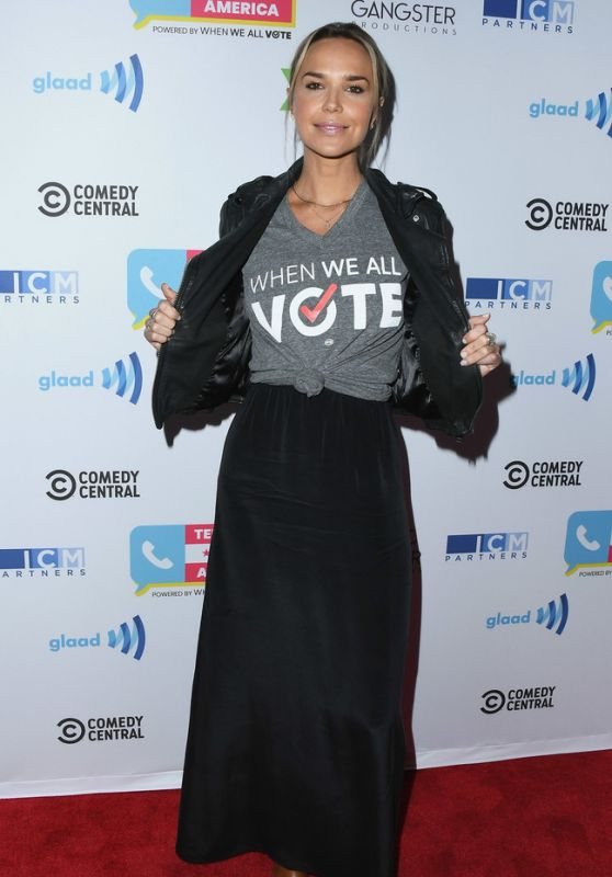 Arielle Kebbel – Telethon For America in Los Angeles 11/05/2018