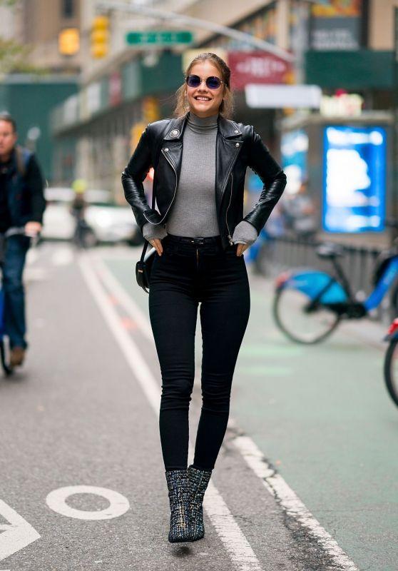 Barbara Palvin Street Fashion 11/01/2018