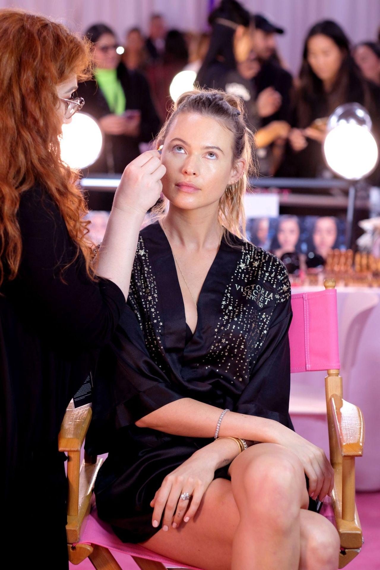 Behati Prinsloo – 2018 Victoria's Secret Fashion Show ...
