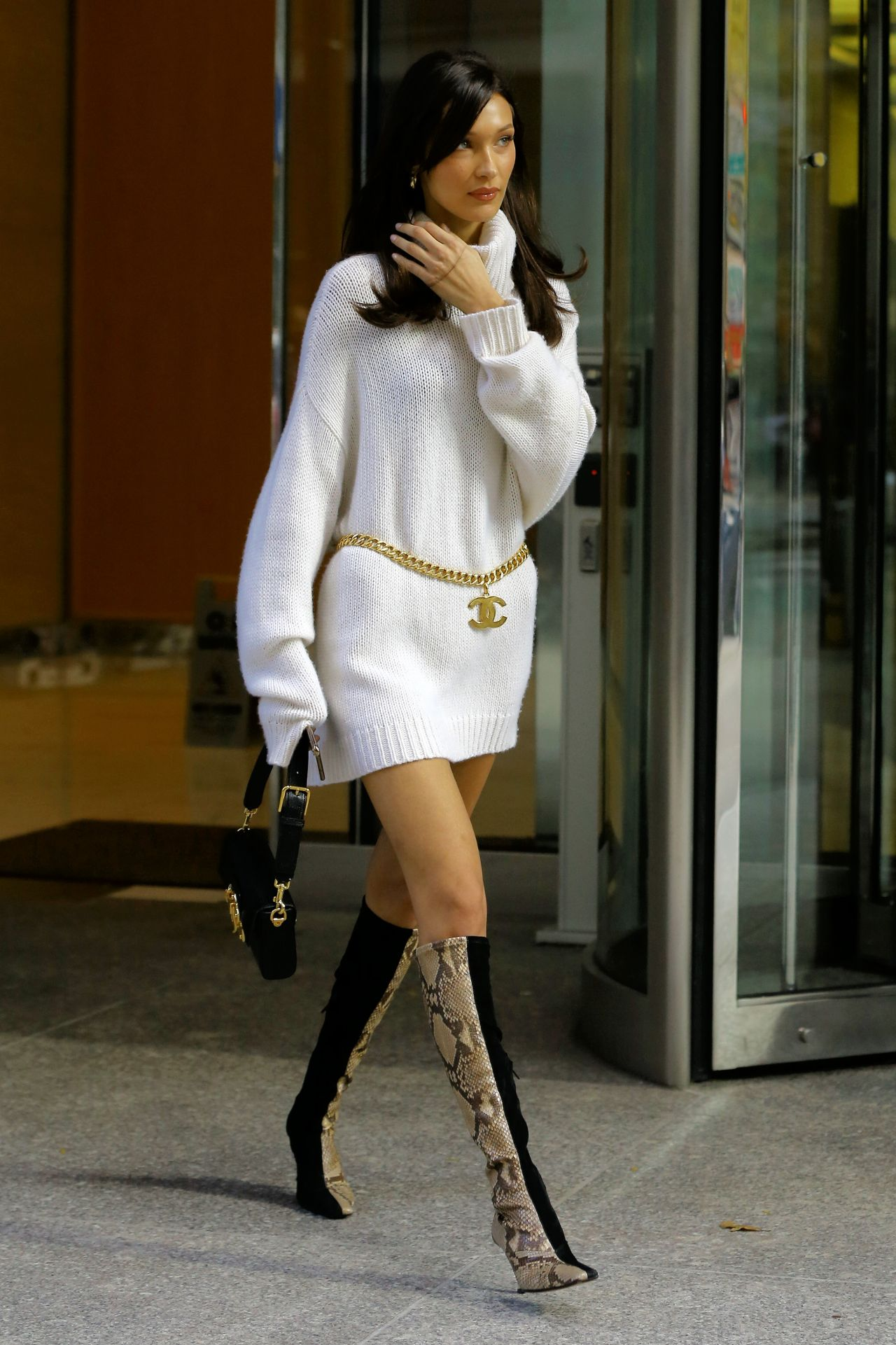 Bella Hadid At The Victoria S Secret Offices In Nyc 11 03 2018