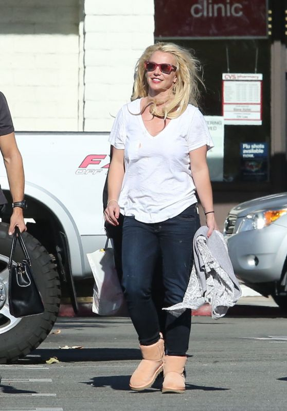 Britney Spears - Out in Calabasas 11/23/2018