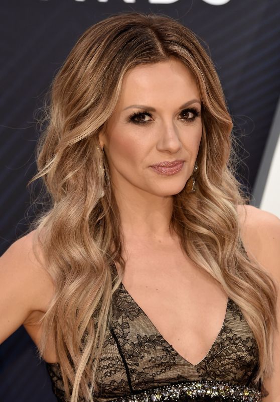 Carly Pearce – 2018 CMA Awards