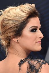 Cassadee Pope – 2018 CMA Awards