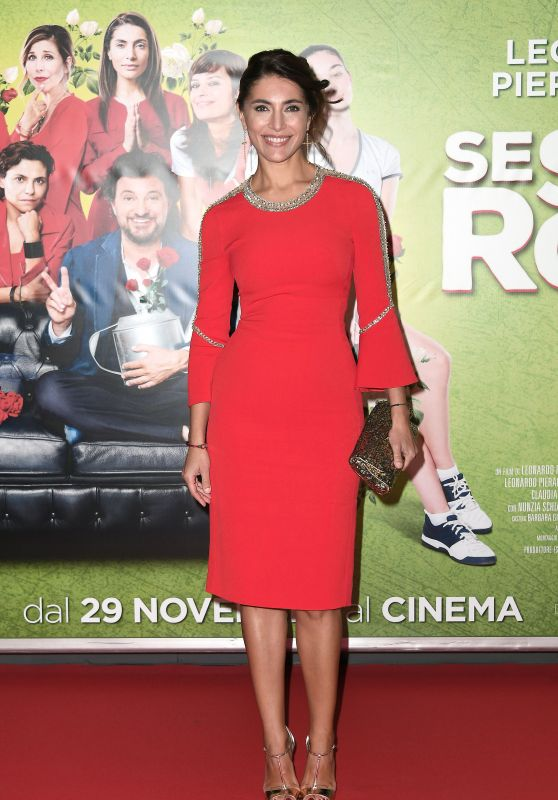 "Caterina Murino – ""Se son rose"" Premiere in Rome"