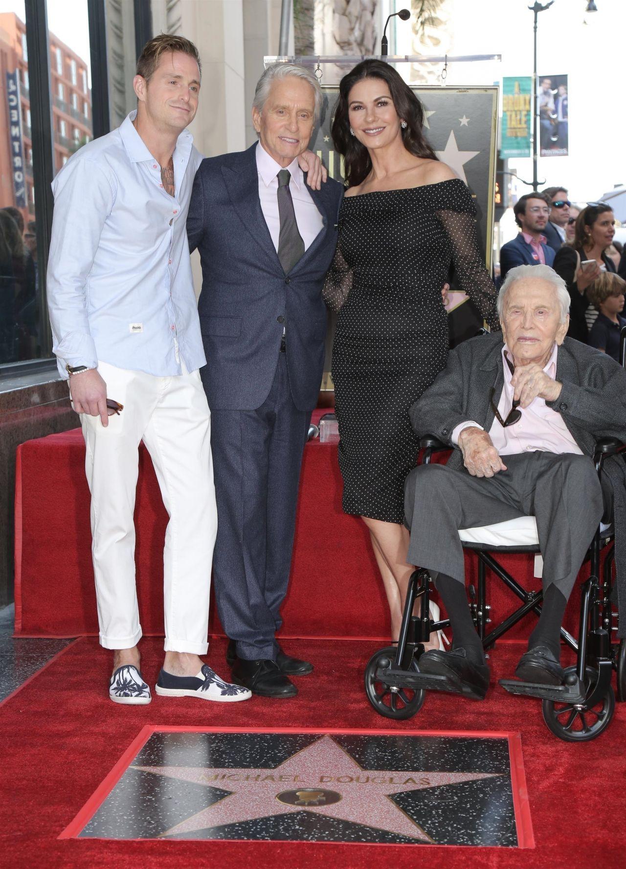 https://celebmafia.com/wp-content/uploads/2018/11/catherine-zeta-jones-michael-douglas-honored-with-a-star-on-the-hollywood-walk-of-fame-11-06-2018-10.jpg