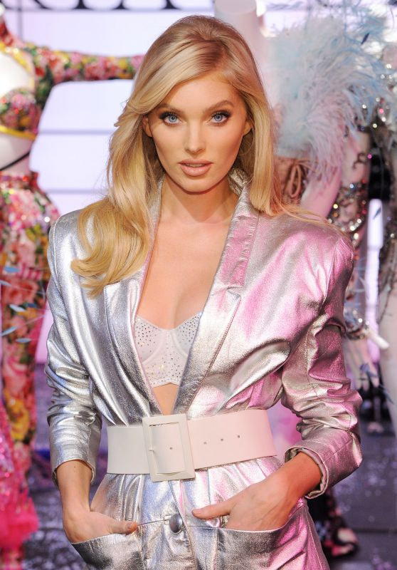 Elsa Hosk – VS Shop The Show Event in NYC 11/29/2018