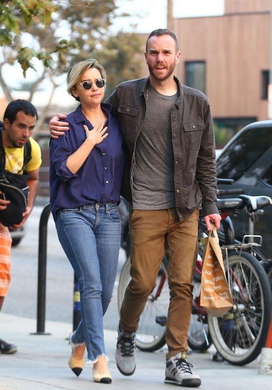 Emilia Clarke With Charlie McDowell in Venice Beach 11/10/2018