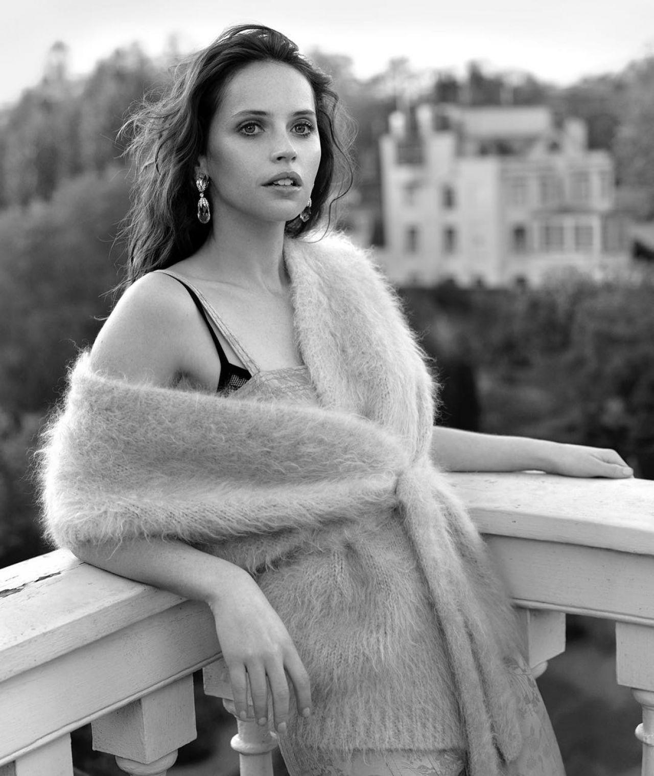 https://celebmafia.com/wp-content/uploads/2018/11/felicity-jones-photoshoot-for-dujour-magazine-november-2018-4.jpg