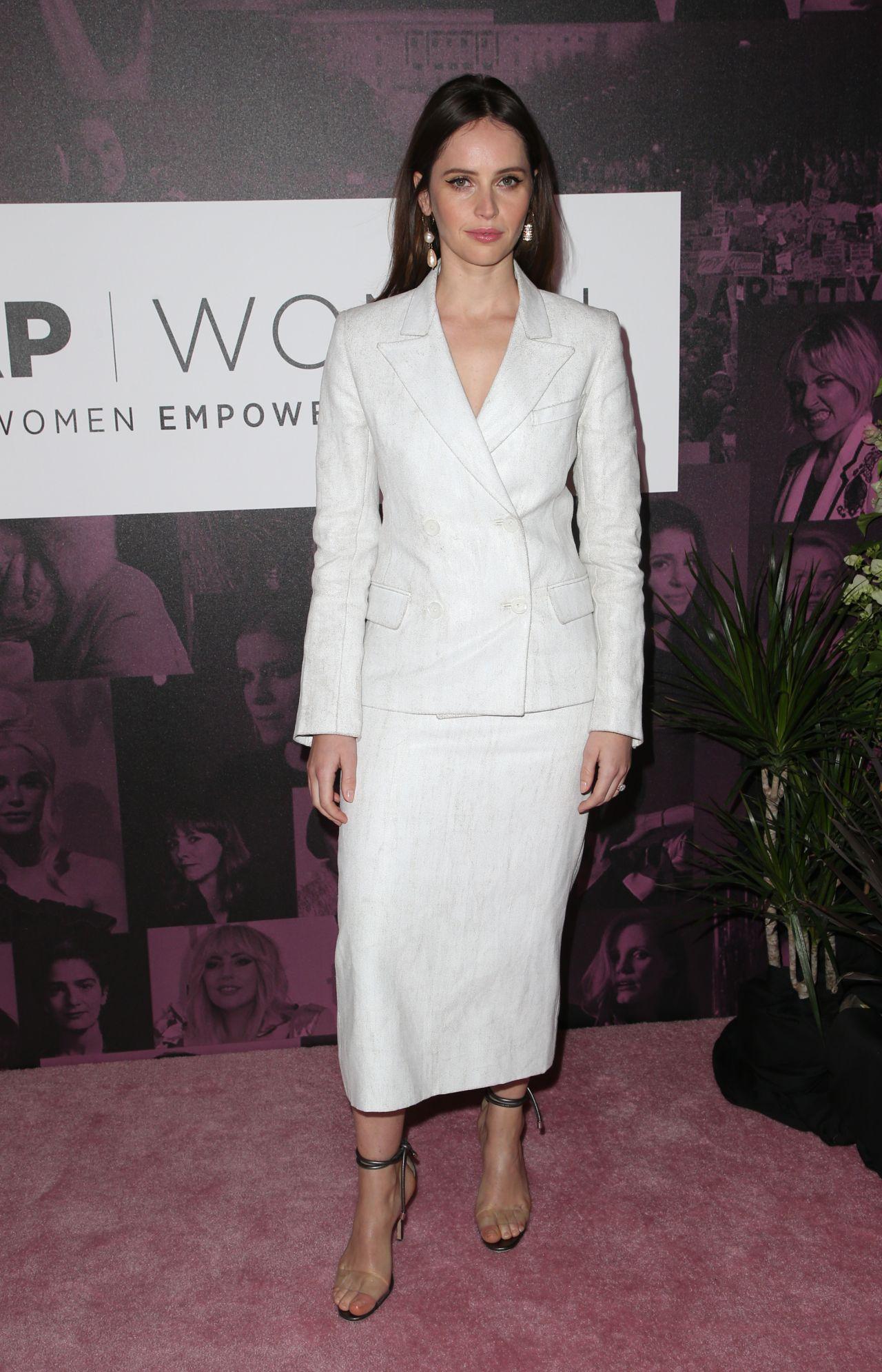 https://celebmafia.com/wp-content/uploads/2018/11/felicity-jones-thewrap-s-power-women-s-summit-11-02-2018-10.jpg