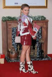 "Gabby Allen - ""Surviving Christmas With The Relatives"" World Premiere in London"