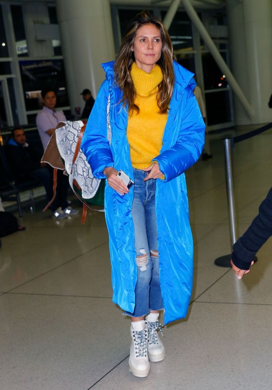 Heidi Klum in Travel Outfit - Airport in NY 11/01/2018