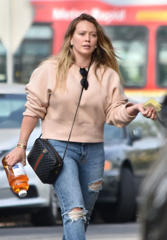 Hilary Duff in Ripped Jeans - Studio City 11/21/2018