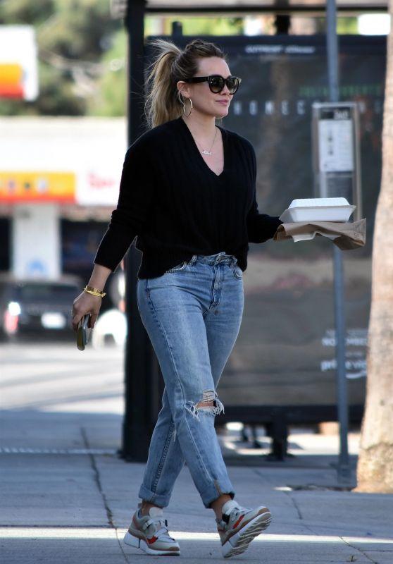 Hilary Duff - Running Errands in LA 11/06/2018