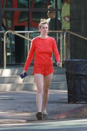 Ireland Baldwin Shows Off Her Legs in a Pair of Short Shorts 11/14/2018