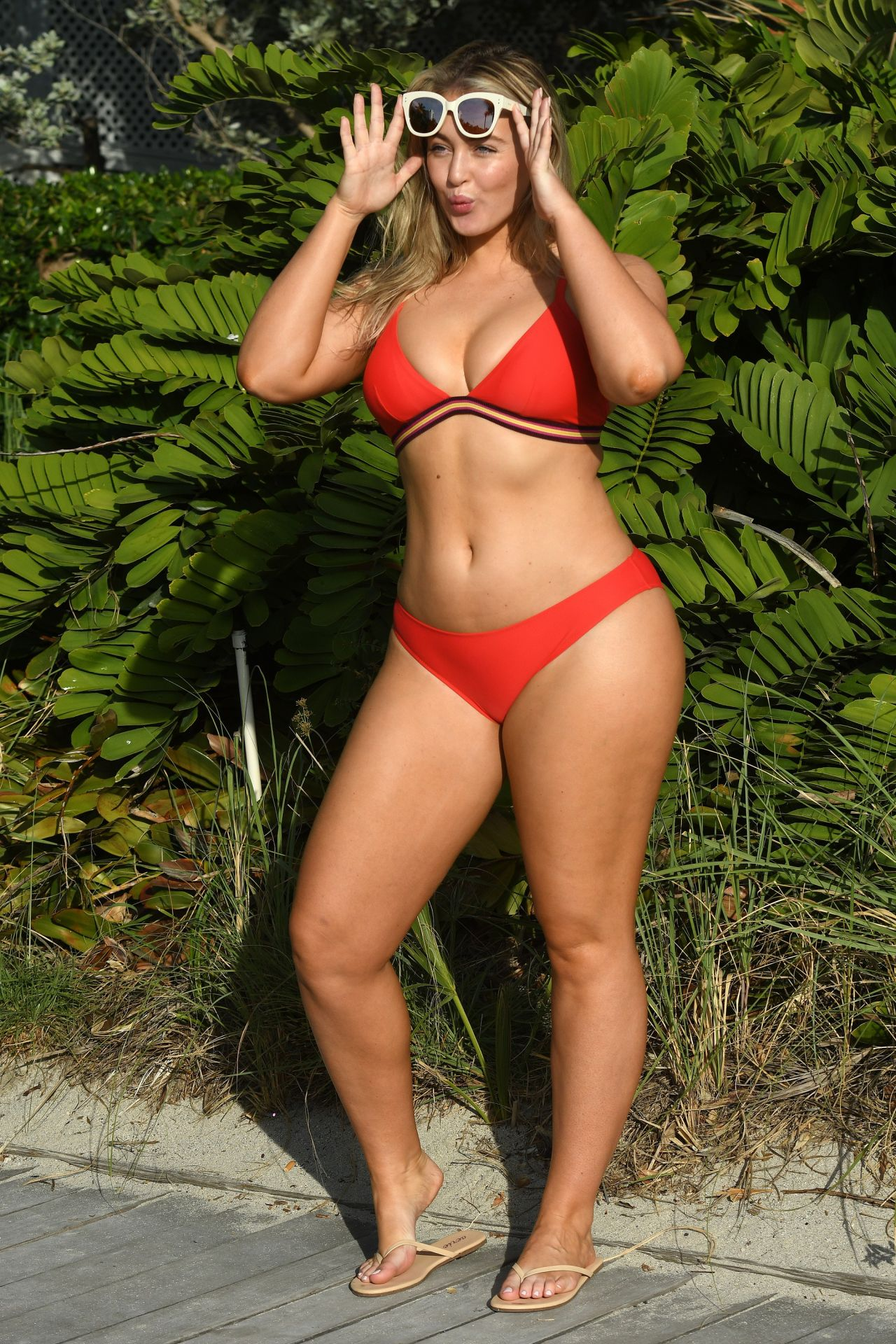 Iskra Lawrence In Different Bikinis And Swimsuits -2897
