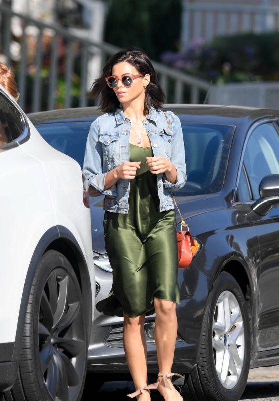 Jenna Dewan Street Style 11/20/2018