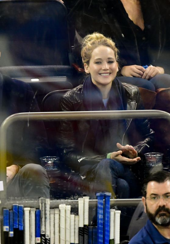 Jennifer Lawrence - New York Rangers v Buffalo Sabres NHL Hockey Game in New York 11/04/2018
