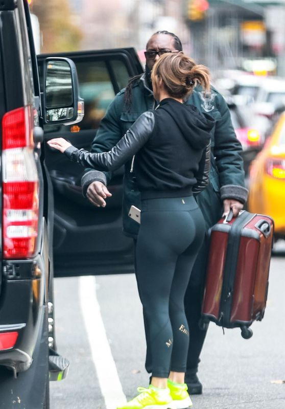 Jennifer Lopez Booty in Tights - Heading to the Gym in NYC 11/27/2018