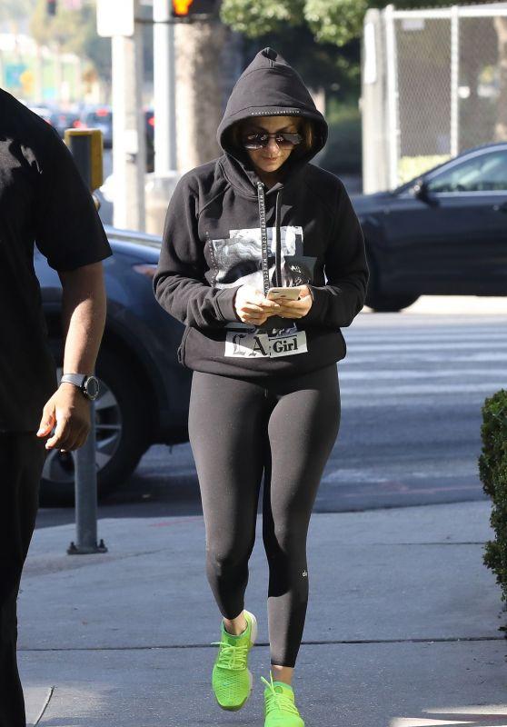 Jennifer Lopez - Heads to Workout in LA 11/17/2018