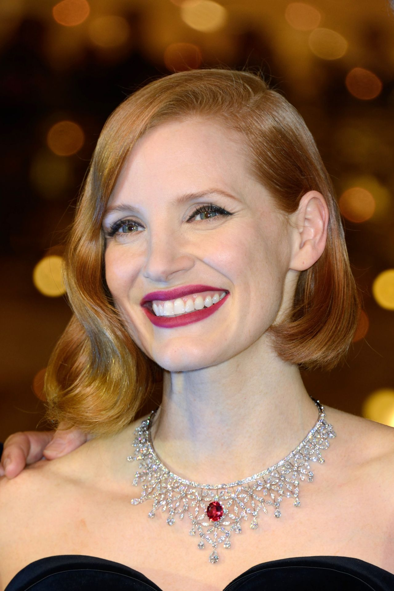 Jessica Chastain at the Les Galeries Lafayette Christmas Decorations ...