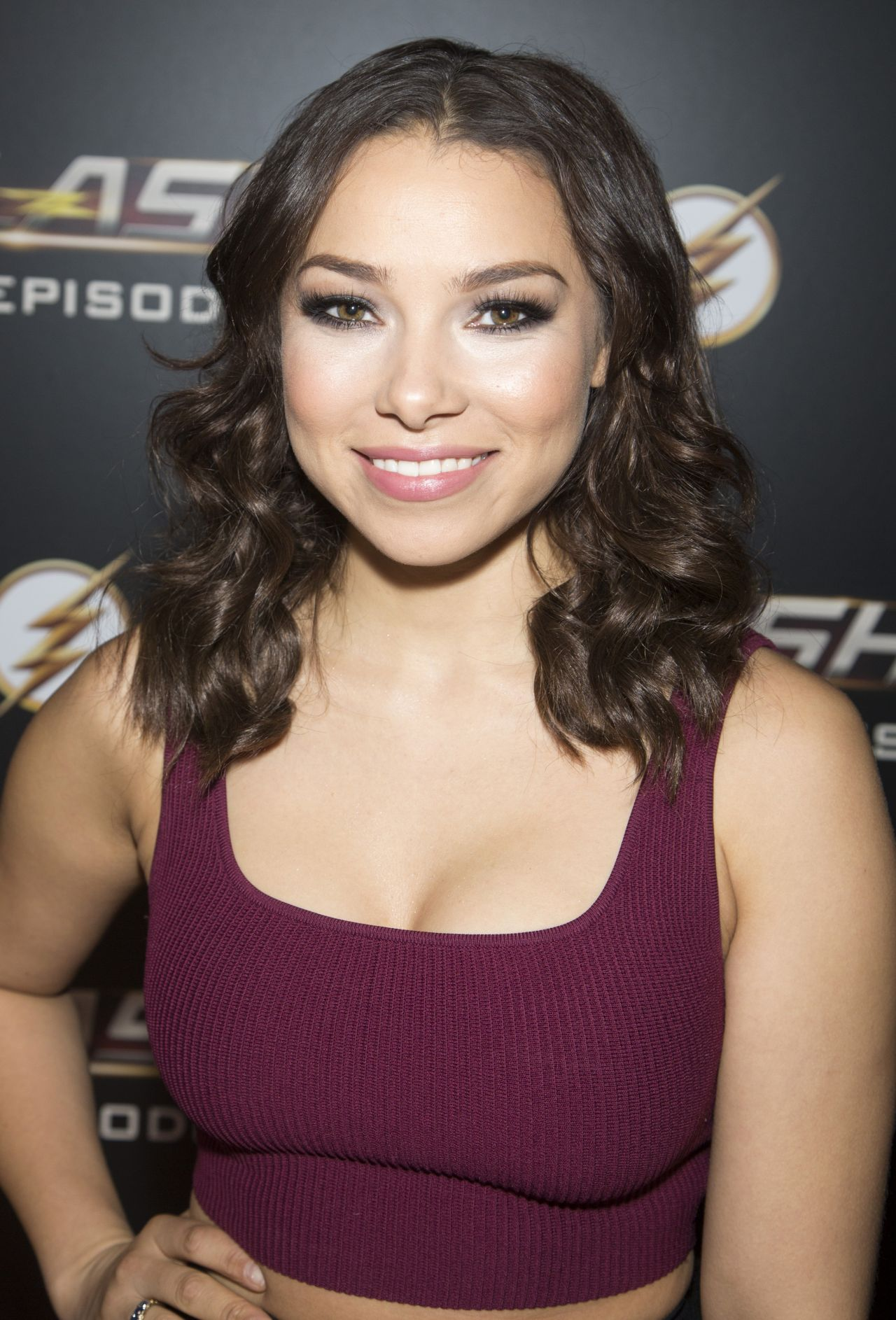 Jessica Parker Kennedy - -2346