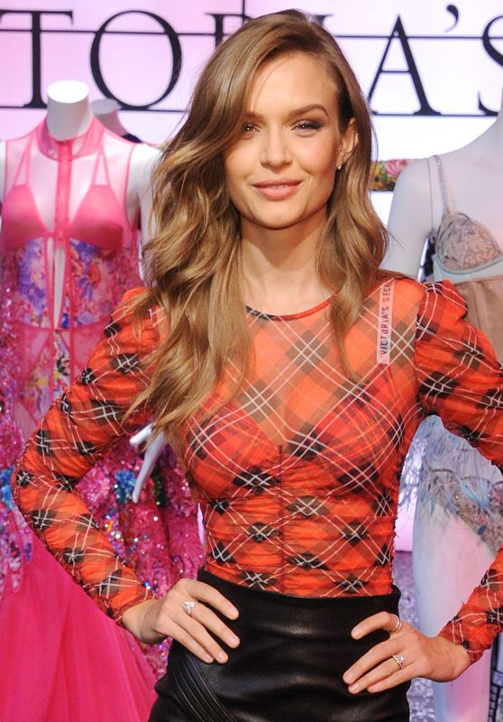 Josephine Skriver – VS Shop The Show Event in NYC 11/29/2018