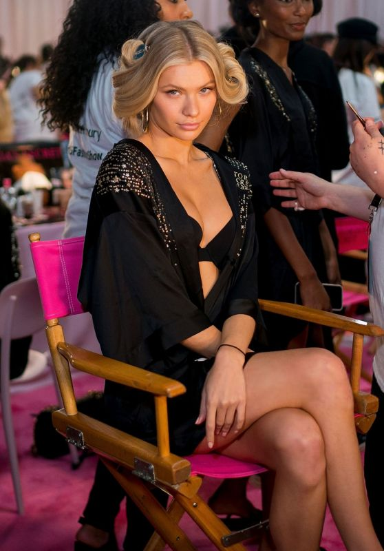 Josie Canseco – 2018 Victoria's Secret Fashion Show Backstage in NYC