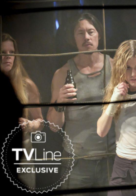 "Katherine Mcnamara - ""Arrow"" Season 7 Photo"