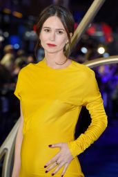 "Katherine Waterston – ""Fantastic Beasts: The Crimes of Grindelwald"" Premiere in London"