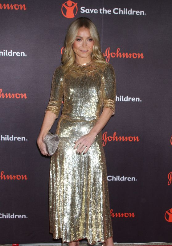 Kelly Ripa - 2018 Save The Children Illumination Gala