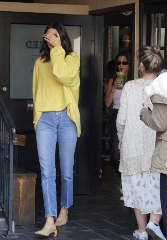 Kendall Jenner at Alfred Coffee in West Hollywood 11/11/2018