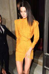 Kendall Jenner - Chaos SixtyNine X L